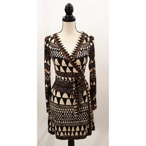 Diane Von Furestenburg Signature Wrap Dress Size8